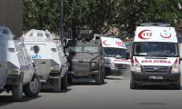 Karakola bombalı araçla saldırı! 18 şehit