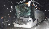 Sivas'ta yolcu otobüsü kaza yaptı
