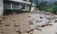 Rize'de şiddetli yağış: 20 ev boşaltıldı