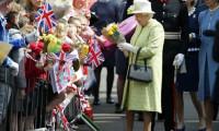 Kraliçe tahttaki 65. yılını kutluyor