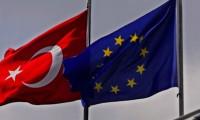 AB, Türkiye'ye verdiği fonları kesmeyi değerlendiriyor
