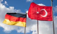 Türk işçilere Bakanlık'tan destek