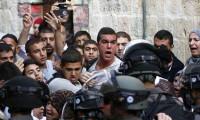 İsrail'de Mescid-i Aksa gerilimi polis saldırdı çok sayıda yaralı var