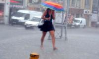 İstanbul'un iki ilçesi için sağanak uyarısı!