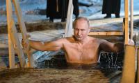 Putin: Günahlarından arınmak için buzlu suya daldı