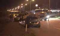 Dur ihtarına uymadı polislere çarptı: 1 şehit