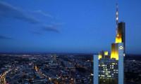 Commerzbank'ın geliri beklentiyi karşıladı