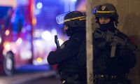 Polis Fransa'da operasyon başlattı