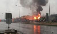 Akaryakıt istasyonunda patlama
