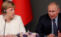 Putin ve Merkel telefonda Suriye'yi görüştü
