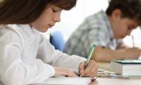 Okullarda el yazısı kararı yine değişti