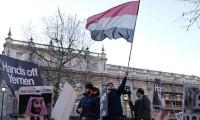 Veliaht Prens İngiltere'de protesto edildi