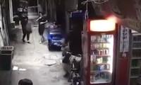Kesik kafa ile sokakta yürüyen adam güvenlik kameralarına yakalandı