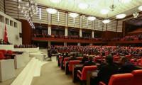 Bakanlar Kurulu'na KHK yetkisi Meclis'ten geçti