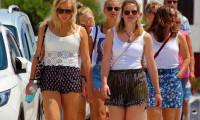 İngiliz turistler Türkiye'ye akın ediyor