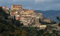 İtalya'da 1 euroya yazlık ev