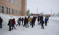 Bazı il ve ilçelerde okullar tatil edildi