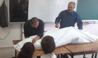 Öğrenciye sınıfta kefen giydiren öğretmene soruşturma