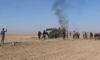 YPG/PKK yandaşları Rus askeri aracına molotof kokteyli ile saldırdı