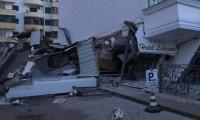 Arnavutluk'taki depremde Türklerin kaldığı otel çöktü