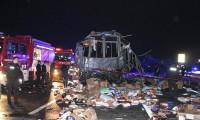 Düzce'de otobüs ile TIR çarpıştı: Ölü ve yaralılar var