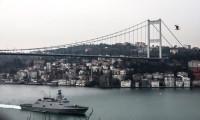 'Mavi Vatan 2019'a katılan savaş gemileri Boğaz'dan geçti!