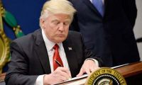 Trump Huawei kararnamesini imzalayacak