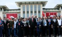 Erdoğan 15 Temmuz şehitleri için yürüyüşe katıldı