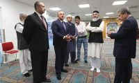 Çavuşoğlu, Norveç'te saldırıya uğrayan camiyi ziyaret etti