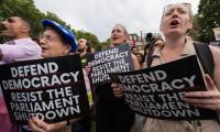 Britanya, Johnson'ın parlamentoyu askıya almasına karşı sokakta