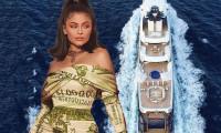 Kylie Jenner lüks yatta para koleksiyonunu tanıtacak