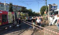 Cevizlibağ'da su tankeri tramvaya çarptı, seferler durdu