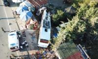 Havaist otobüsü devrildi ölü ve yaralılar var