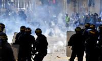 Fransa'da polise plastik mermi soruşturması