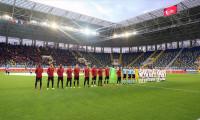 Federasyon 2 maçı erteledi... Tüm maçlarda saygı duruşu
