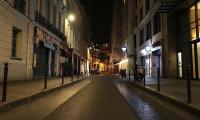 Fransa'da gece sokağa çıkma yasağı başladı