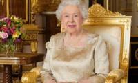 Kraliçe Elizabeth eşi Prens Philip'i bırakıp işbaşı yapıyor