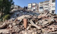 İzmir depreminde hayatını kaybedenlerin sayısı 116'ya yükseldi