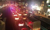 Kısıtlama öncesi İstanbul'da trafik kilitlendi