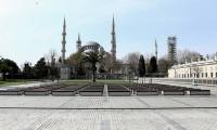 İstanbul sokaklarında korona virüs sakinliği