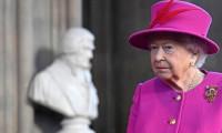 Kraliçe Elizabeth'in doğum günü kutlaması virüs nedeniyle iptal