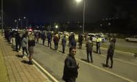 Polisten gece yarısı baskını: Önce korona önlemi sonra ceza