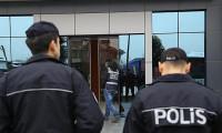 Çocukları dağıtmak için havaya ateş açan polis açığa alındı