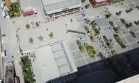 AVM'ler açıldı! Alışveriş merkezinin önünde metrelerce kuyruk oluştu
