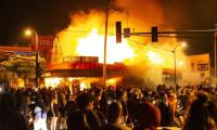 Minneapolis'te isyan büyüdü! Sokağa çıkma yasağı
