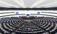 Avrupa Komisyonu Almanya'yı uyardı