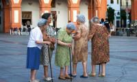 AB nüfusu hem yaşlanıyor hem azalıyor