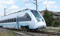 Milli elektrikli tren raylarda