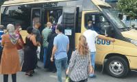 Uyarılar fayda etmedi; İstanbul'da minibüsler tıka basa dolu