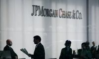 JPMorgan yüzlerce genç bankacıyı ofise çağırdı